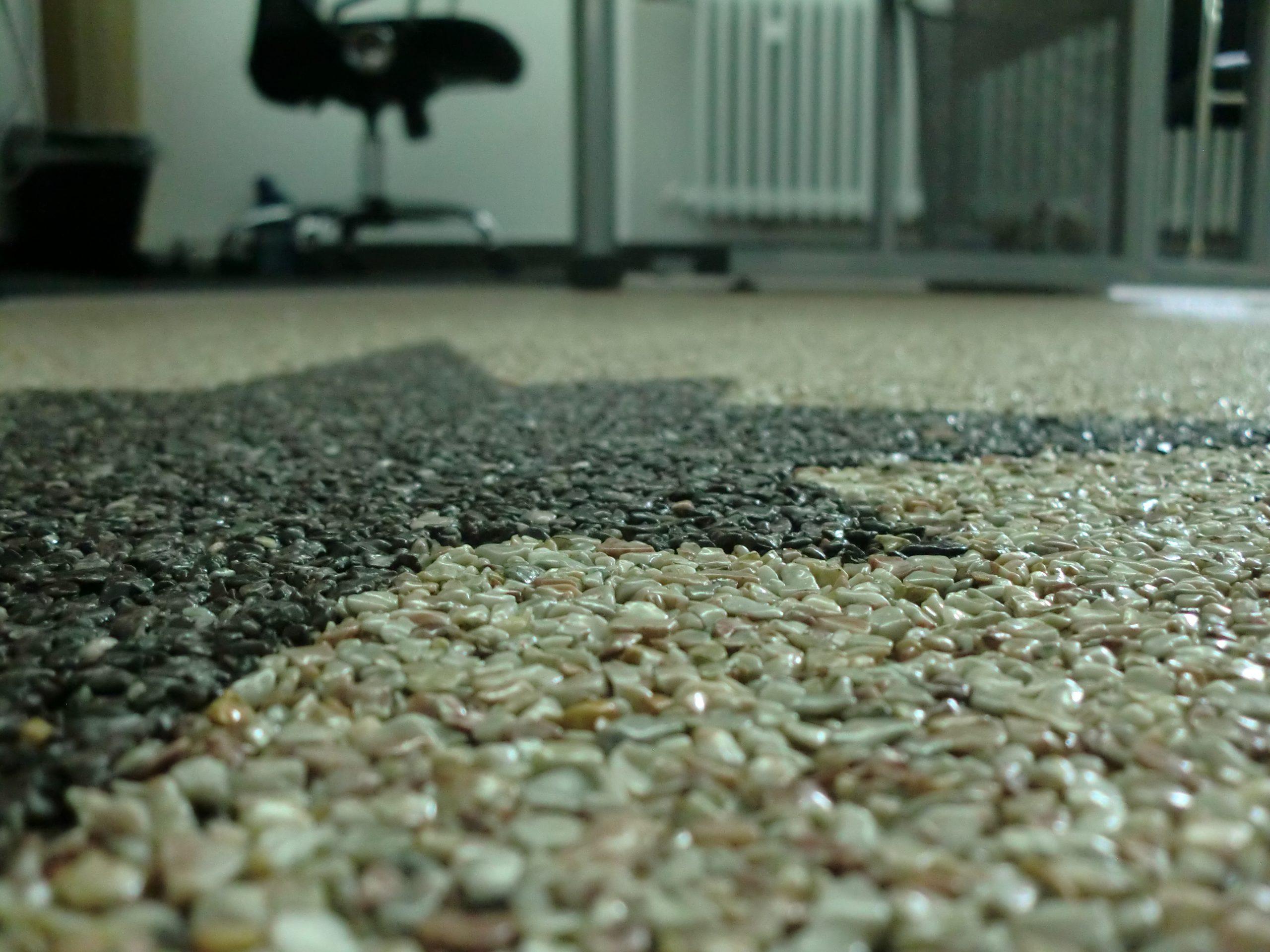 Beste Alternative ist Steinteppich im Innenbereich.